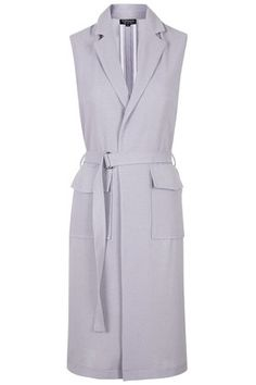 Sleeveless Utility Duster the perfect layering piece for a simple summer work outfit