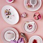 Swedish Grace, china pattern from Swedish brand Rörstrand. Swedish Brands, Swedish Style, Kitchen Time, Beautiful Table Settings, China Patterns, Sweet Home, Fancy, Plates, Tableware