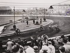 Speedway at Belle Vue, Manchester, 10 June 1946, Bert Abell, Daily Herald Archive, National Media Museum Collection / SSPL
