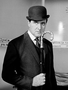 Patrick Macnee avengers | Patrick Macnee, Star of The Avengers TV Series, Dies at 93 : People ...