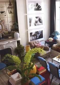 More center table action stacked with books, with guest chairs sprinkled liberally. Look at the sofa cushions covered in leopard! I'm getting faint. You could easily remove the books and dine here. Love this room to the moon. AD Jeffrey Bilhuber via markdsikes.com