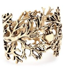 This would go so well with the rest of my tree jewelry collection.