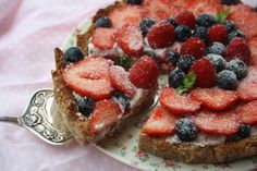 Healthy Almond Berry Tarte
