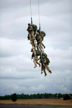 """Saw this the other day...flying high over post! Freaked me out! No """"dope on a rope"""" for meeeeee!! Help Us Salute Our Veterans by supporting their businesses at www.VeteransDirectory.com and Hire Veterans VIA www.HireAVeteran.com"""