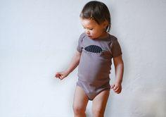 Bodys - Bio!! Assel Body 68-80 warmgrau - ein Designerstück von Cmig bei DaWanda