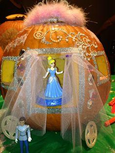 Amazing Ideas of Awesome Pumpkin Carvings Stencil in 2019 Pumpkin Carving Contest, Pumkin Carving, Cinderella Pumpkin, Disney Pumpkin, Halloween Pumpkins, Halloween Crafts, Halloween Decorations, Halloween Ideas, Holidays Halloween