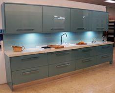 Connoisseur Glacier Metallic Blue & White Sparkle Quartz Granite Worktops - Our Designs Contempory Kitchen, Modern Kitchen Design, Kitchen Designs, High Gloss White Kitchen, Wren Kitchen, Granite Worktops, Long Room, Luxury Home Decor, Kitchen Cabinets