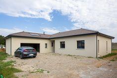 Nous avons eu le plaisir d'accompagner M. Benazet lors de sa remise des clés, début juillet dernier. Depuis ce jour, il est l'heureux propriétaire d'une maison Toits de Province sur la commune de Villette d'Anthon (38). on projet. #toitsdeprovince #maison #construction