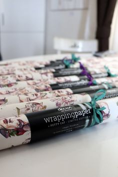 "wrapping paper ""pretty cat"""