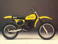 Suzuki The most powerful production 125 motor of The first bike I raced at Red Bud TNT in Buchanan, MI Enduro Vintage, Vintage Motocross, Vintage Bikes, Vintage Motorcycles, Vintage Racing, Suzuki Motocross, Suzuki Motorcycle, Motocross Bikes, Motorcycle Art