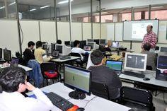#UNL capacita a #estudiantes secundarios #juegos #informática -   Estudiantes de Ingeniería en Informática de la FICH con el objetivo de interesar a los jóvenes en el estudio de carreras informáticas.  http://quevasaestudiar.com/notas/193/UNL-capacita-a-estudiantes-secundarios