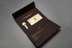 Louis vuitton invitation graphic arts invite design, convite evento и desig Invite Design, Design Logo, Invitation Card Design, Brochure Design, Invitation Cards, Branding Design, Print Design, Invitation Ideas, Invites