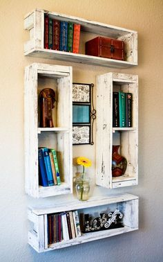 This set of 4 crate style display shelves is a great set-up if you have a large wall to fill and want everything to coordinate. They are stackable, floating shelves which makes them quite versatile… Decor, Home Diy, Bookshelves Diy, Diy Furniture, Diy Decor, Diy Home Decor, Home Decor, Room Decor, Pallet Shelves