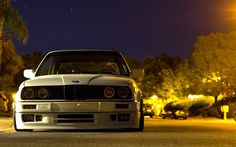 BMW E30 old school