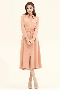 Designer clothing by avouavou 아보아보 Hijab Fashion, Runway Fashion, Korean Fashion, Fashion Dresses, Diy Fashion Hacks, Work Looks, Office Outfits, Designer Clothing, Flare Dress