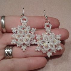Beading Pattern Let it Snowflake Earrings door HoneyBeads1Official
