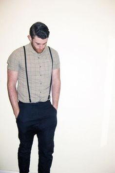 Need outfit ideas to wear with men's suspenders? Look no further! Here is a monster resource page with 32 ideas for men's suspender fashion. Look Fashion, Urban Fashion, Fashion Outfits, Mens Fashion, Indie Fashion, Sharp Dressed Man, Well Dressed, Suspenders Fashion, Men's Suspenders