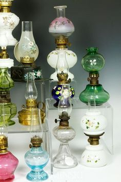 Collection Of 20 Miniature Oil Lamps : Lot 4460