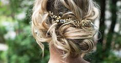 Boho Gold Hair Halo Hair Vine Flower Hair Crown by LottieDaDesigns Updo With Headband, Flower Crown Hairstyle, Boho Hairstyles, Indian Hairstyles, Headband Hairstyles, Vintage Hairstyles, Hair Crown, Boho Wedding Hair, Vintage Wedding Hair