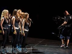 Behind the scenes of Pitch Perfect 2.
