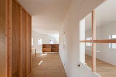 House in Hikone Prefettura di Shiga / Japan / 2014 Tato Architects Architecture Firm Kōbe / Japan photos: Shinkenchiku sha