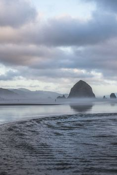 Search Cannon Beach vacation rentals for every getaway. Experience the Vacasa difference when you book one of our Cannon Beach house rentals and cabins. The Places Youll Go, Places To See, Canon Beach, Photography Beach, Landscape Photography, Photography Tips, Photography Training, Beach Bodys, Life Hacks