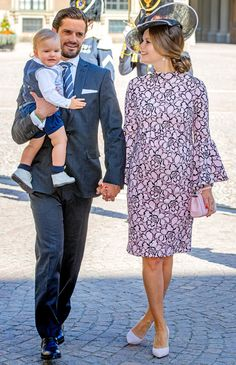 Prince Carl Philip of Sweden, Prince Alexander of Sweden and Princess Sofia of Sweden arrive for a thanksgiving service on the occasion of The Crown Princess Victoria of Sweden's birthday celebrations at the Royal Palace on July 2017 in Stockholm, Sweden. Princess Sofia Of Sweden, Princess Victoria Of Sweden, Princess Estelle, Crown Princess Victoria, Princess Madeleine, Prince And Princess, Prinz Carl Philip, Royal Family Pictures, Pregnant Princess