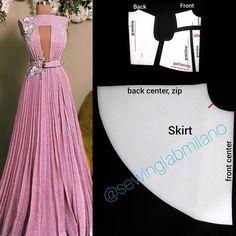 Evening Dress Patterns, Dress Sewing Patterns, Clothing Patterns, Evening Dresses, Pattern Sewing, Pattern Dress, Haute Couture Dresses, Pleated Fabric, Diy Dress