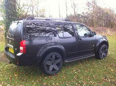 Love the blackout wheels Nissan 4x4, Nissan Xterra, Motor Car, Motor Vehicle, Navara D40, Yamaha R3, 4x4 Off Road, Nissan Pathfinder, Luxury Suv