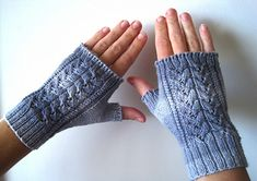 Ravelry: Alicia Mitts pattern by Suzie Sparkles Fingerless Gloves Knitted, Knit Mittens, Hand Warmers, Sparkles, Ravelry, Knit Crochet, Knitting Patterns, Stylish, Fun