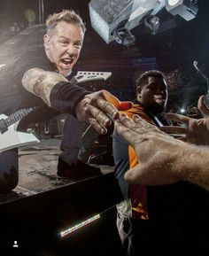 For everything Metallica check out Iomoio Metallica Funny, Metallica Art, Metal Bands, Rock Bands, Punk Rock Song, Great Comebacks, James Hetfield, Rockn Roll, Rock Legends