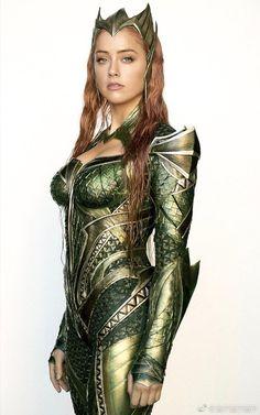 Amber Heard as Mera - Aquaman Dc Comics, Comics Girls, Marvel Dc, Super Heroine, Wonder Woman, Dc Heroes, Amber Heard, Fantasy Girl, Celebs