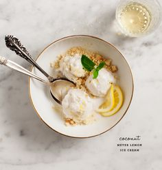 Vegan Meyer Lemon Ice Cream from Love & Lemons Vegan Sweets, Vegan Desserts, Dessert Recipes, Cold Desserts, Lemon Recipes, Ice Cream Recipes, Frozen Desserts, Frozen Treats, Bento