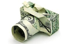 This guy does origami with dollar bills and lives in a converted garbage truck. Won Park is the master of Origami. He is also called the money folder, a practitioner of origami whose canvas is the United States One Dollar Bill. Dollar Bill Origami, Money Origami, Origami Paper, Dollar Bills, Dollar Money, Origami Boxes, Easy Origami, 10 Dollar Gifts, Origami Tooth