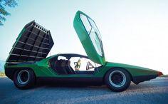 Alfa Romeo Carabo, 1968: Auf dem Autosalon in Paris des Jahres 1968 erstaunte...