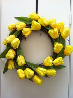 Bright Yellow Tulips Wreath