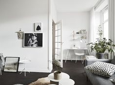 Find your favorite Minimalist living room photos here. Browse through images of inspiring Minimalist living room ideas to create your perfect home. Decor Interior Design, Room Interior, Modern Interior, Interior Decorating, Scandinavian Apartment, Scandinavian Home, Dark White, Small Luxury Homes, Apartment Design