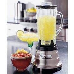 Pro Professional Food and Beverage Blender: Brushed Stainless