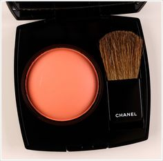 Chanel Frivole Joues Contraste / Blush Review, Photos, Swatches