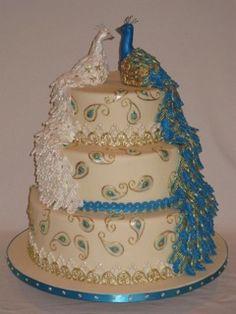 beautiful peacock cake.