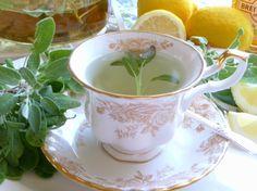 Pineapple Sage Tea - Hot Or Iced Recipe - Genius Kitchen Sage Recipes, Herb Recipes, Healthy Recipes, Top Recipes, Natural Health Remedies, Herbal Remedies, Sage Plant, Pineapple Sage