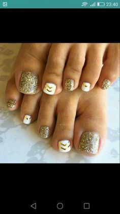 Nail Designs For Women Pictures adorable toe nail designs for women toenail art designs Nail Designs For Women. Here is Nail Designs For Women Pictures for you. Nail Designs For Women adorable toe nail designs for women toenail art design. Simple Toe Nails, Pretty Toe Nails, Summer Toe Nails, Fancy Nails, Love Nails, My Nails, Gold Toe Nails, Trendy Nails, Pretty Toes