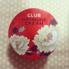 「「クラブホルモンクリーム」の魔法で解決♡ニベアを超える美容アイテム登場」に含まれるinstagramの画像|MERY [メリー]