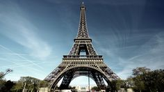 We decided to make a list of the top 10 places to visit in Paris. The Eiffel Tower OK, let's say the truth: everyone puts the Eiffel Tower in the top of the list of things to see in Pa Paris Wallpaper, City Wallpaper, Computer Wallpaper, Wallpaper Backgrounds, France Eiffel Tower, Paris Eiffel Tower, Eiffel Towers, Nature Landscape, Desktop
