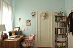 love that door, and the paint color (Adriatic Mist by Behr - which is going in my kitchen!)