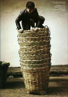 10 baskets...유아인 (( ตะเข่ง ))