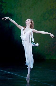 Evgenia Obraztsova in Romeo and Juliet. Photo by Stas Levshin