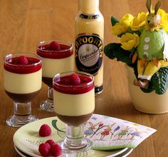 de - Recipe competition for Easter dessert recipes Eggnog recipe & Eggnog dessert in three layers & New eggnog desserts from the Verpoorten community . recipes and nutrition and drinks recipes recipes celebration diet recipes No Egg Desserts, Layered Desserts, Health Desserts, Healthy Appetizers, Healthy Dessert Recipes, Appetizers For Party, Desserts Sains, Bon Dessert, Eggnog Recipe