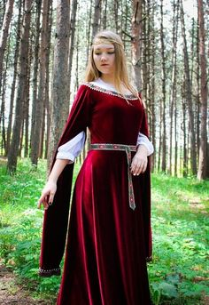 47 Charming Fall Outfit With Long Sleeve Fest Ideas - Medieval Costume, Medieval Dress, Medieval Clothing, Medieval Outfits, Gypsy Clothing, Medieval Fantasy, Sexy Outfits, Pretty Outfits, Fall Outfits