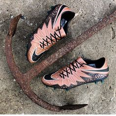 liquid chrome Hypervenom phantom Do you have these❓ I don t … 73268ae5f9181